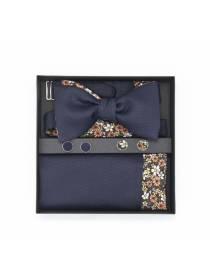 Подарочный набор галстук-бабочка с нагрудным платком и запонками Незабудки