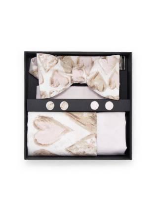 Подарочный набор галстук-бабочка с нагрудным платком и запонками Зефирное Сердце