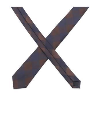 Тонкий коричневый галстук с узором ромб