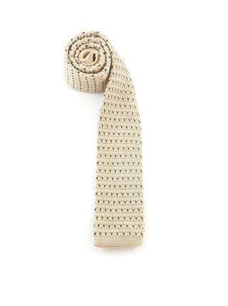 Вязаный галстук бежевого цвета в черный горошек