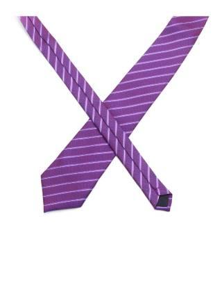 Фиолетовый галстук в разноцветную полоску