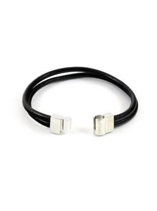 Мужской кожаный браслет черного цвета с железной застежкой