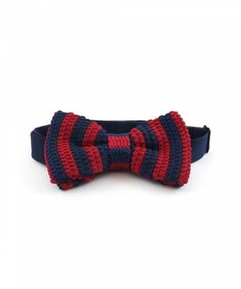 Вязаный галстук-бабочка в красно-синюю полоску