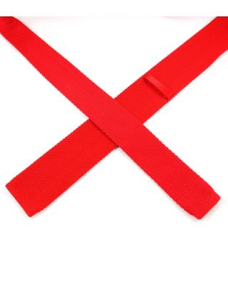Вязаный галстук красного цвета однотонный