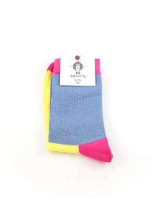 Стильные носки желто-серые с красным мыском и пяткой